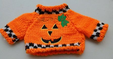 Checkered trimmed Smiling Pumpkin Sweater