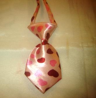 Pink Hearts Tie